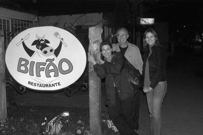 Sílvia, Flávio e Carol