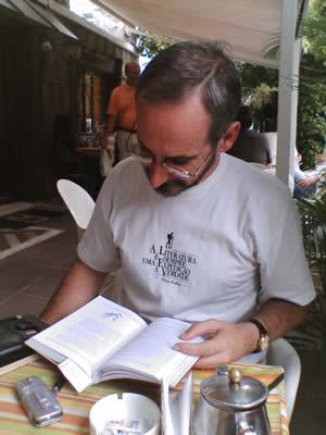 Milton no Café do Porto