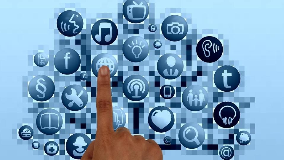 Internet e redes sociais